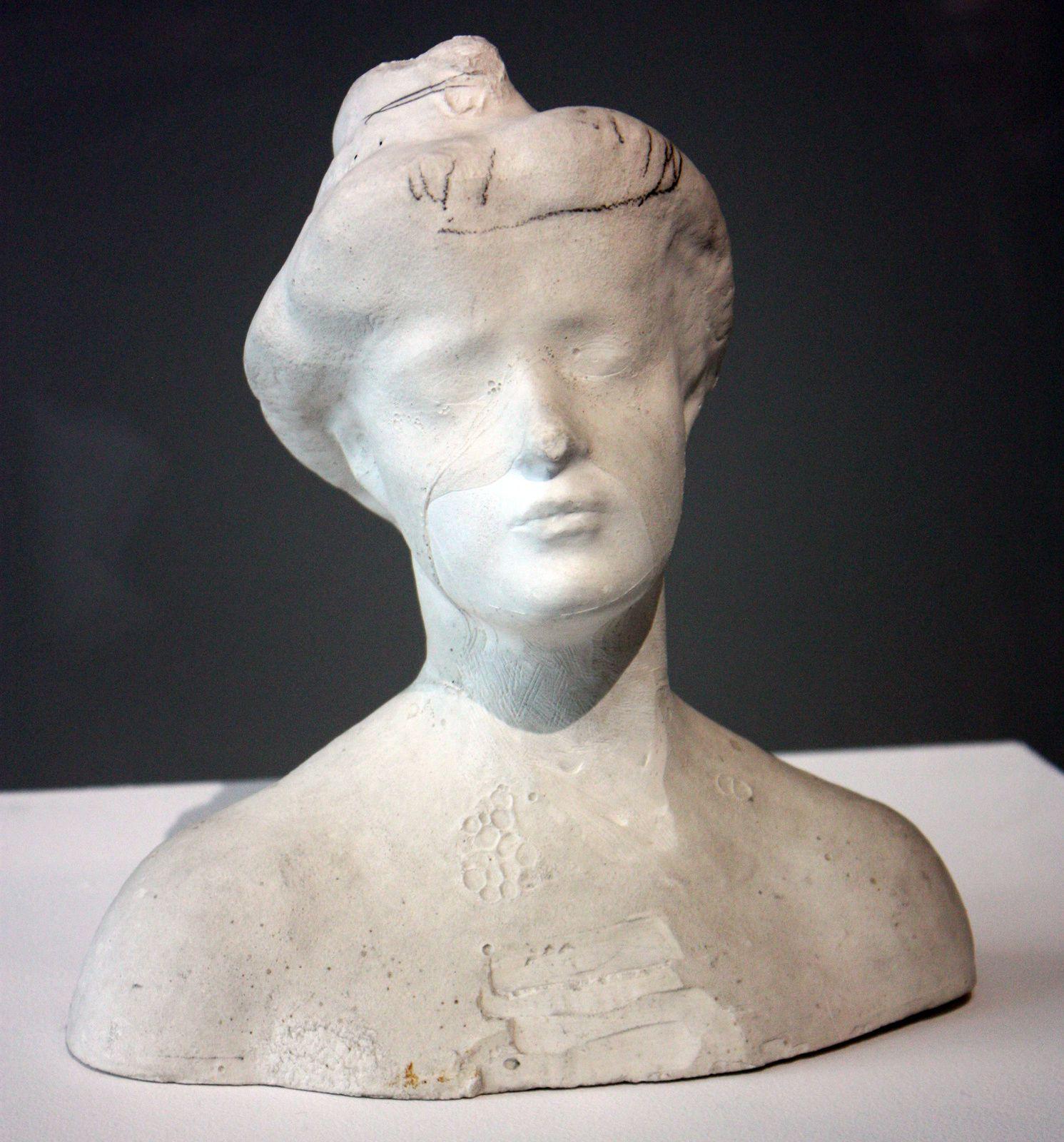 Petit buste avec voile de plâtre sur le visage, 1902 RODIN
