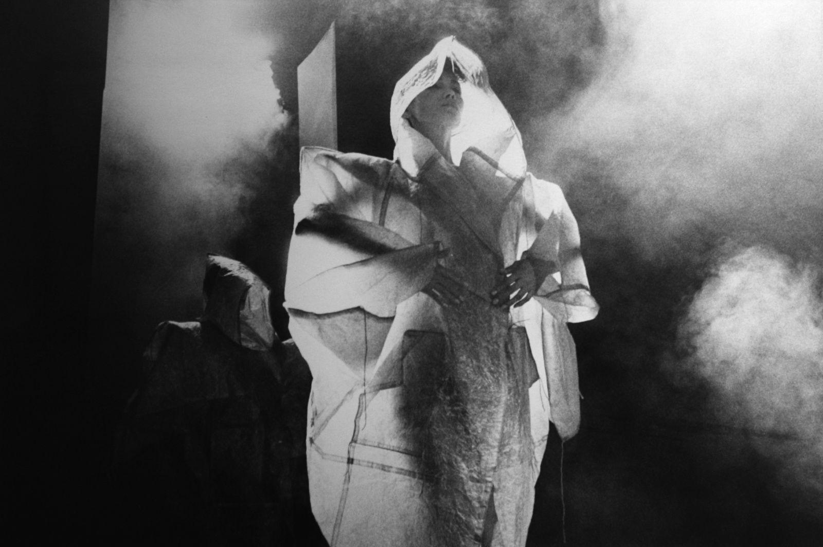 Expo Photographie contemporaine: Françoise HUGUIER &quot&#x3B;Étranges beautés&quot&#x3B;