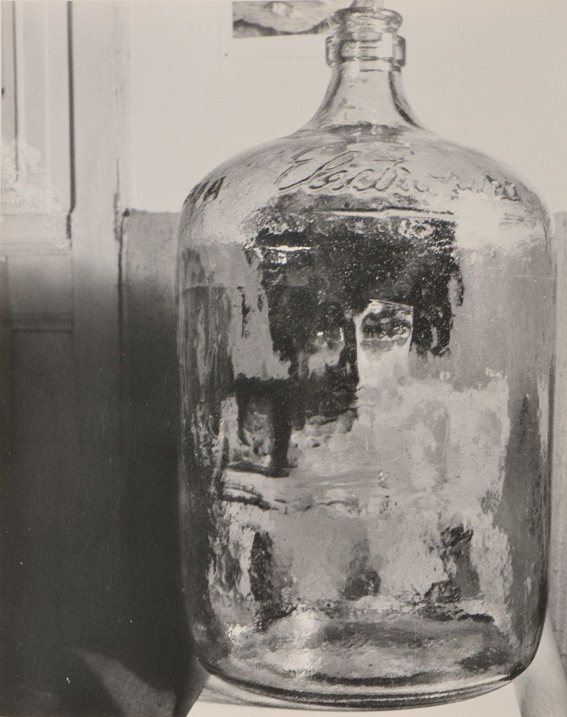 """El Botellon, Paraisos Artificiales Series, Mexico"", 1962 de Kati HORNA"