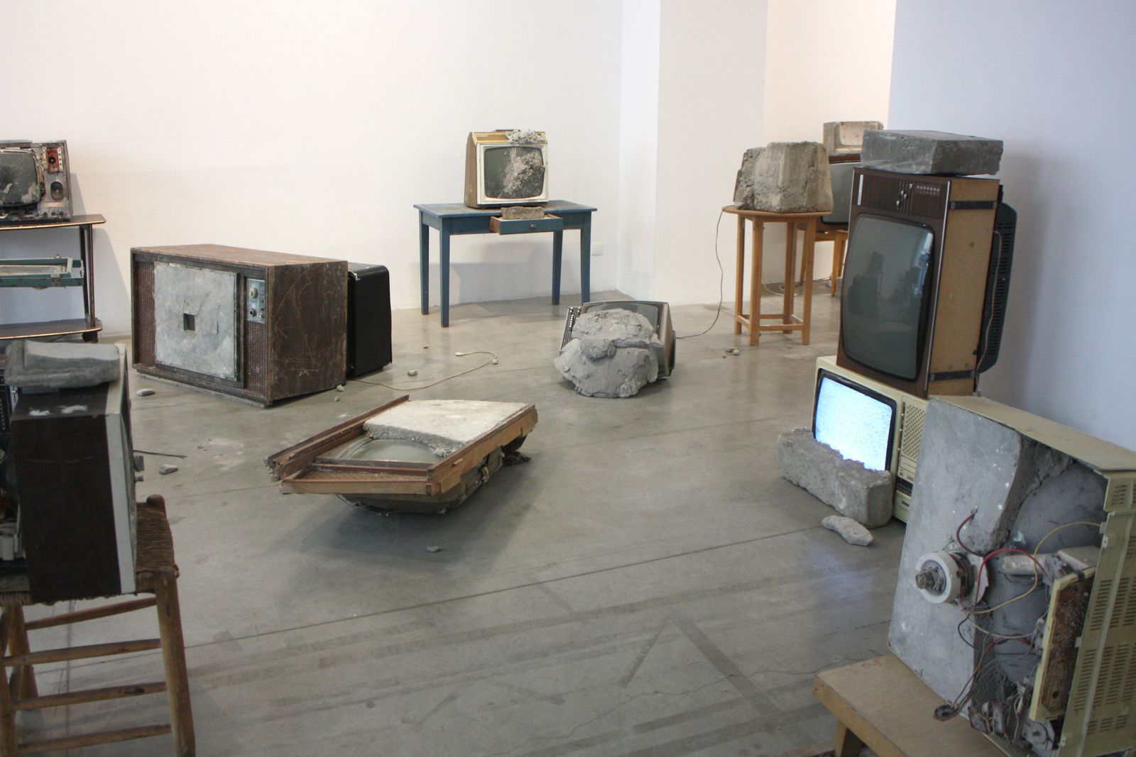 Expo Solo Shown: Wolf VOSTELL &quot&#x3B; Endogen Depression &quot&#x3B;