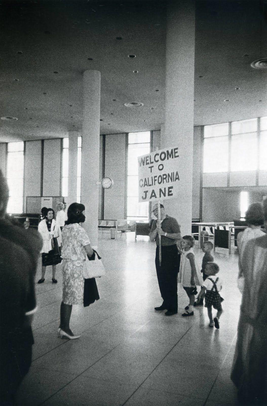 """Los Angeles International Airport"", 1964 de Winogrand"