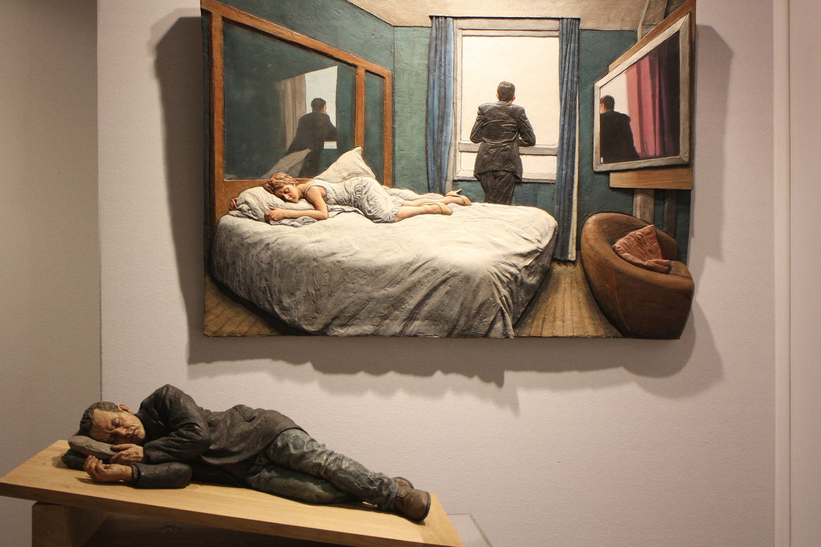 """Ramp"", 2012  et ""Hotel room"", 2008 de (Galerie LKFF) Photo Eric Simon"
