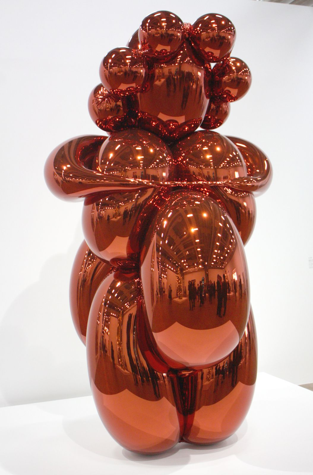 """Balloon Venus (orange)"", 2008-2012 de Jeff Koons © Photo Éric Simon"