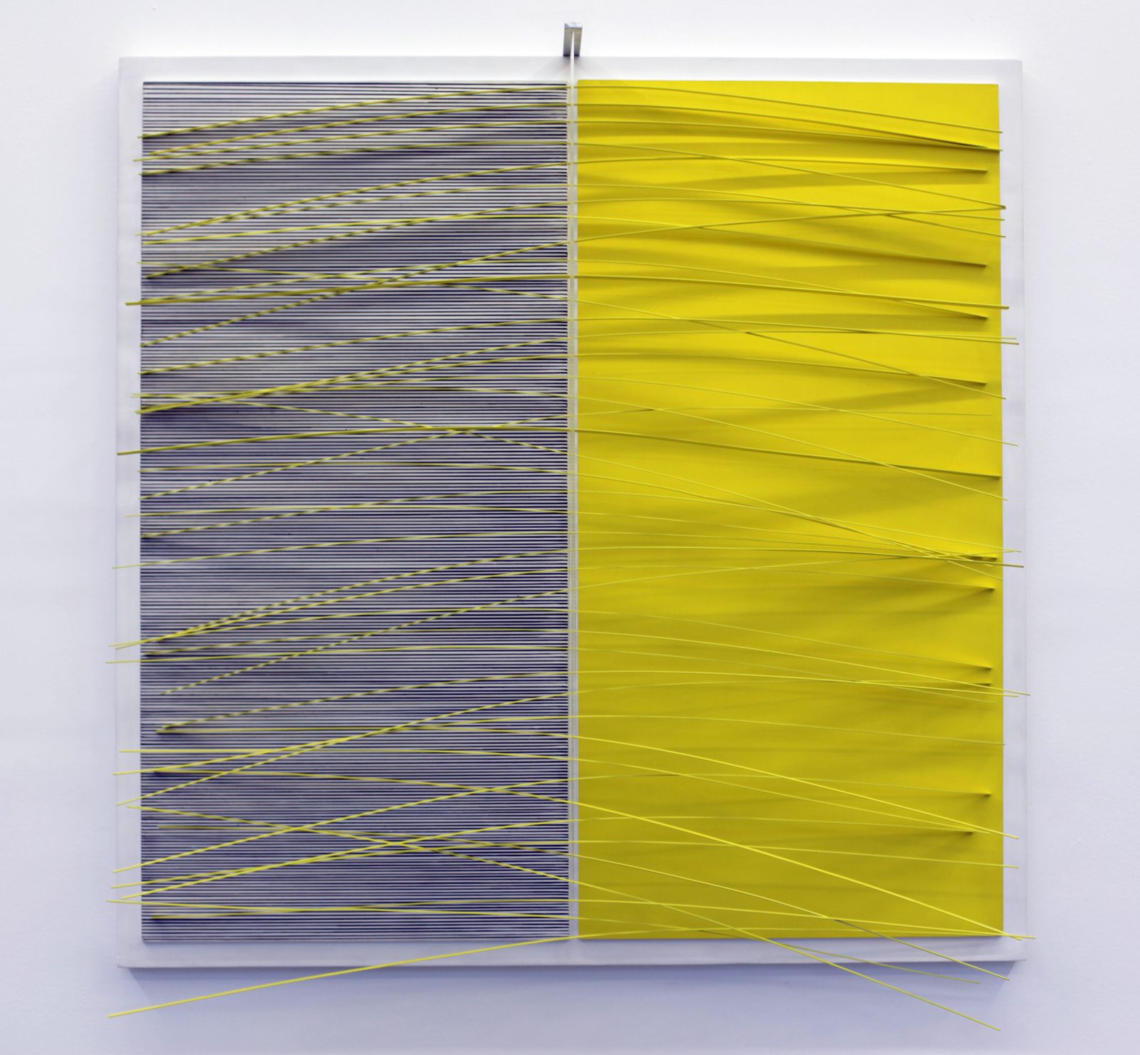 """Modulation du jaune"", 1966 de J.R Soto Courtesy Galerie Perrotin © Photo Éric Simon"