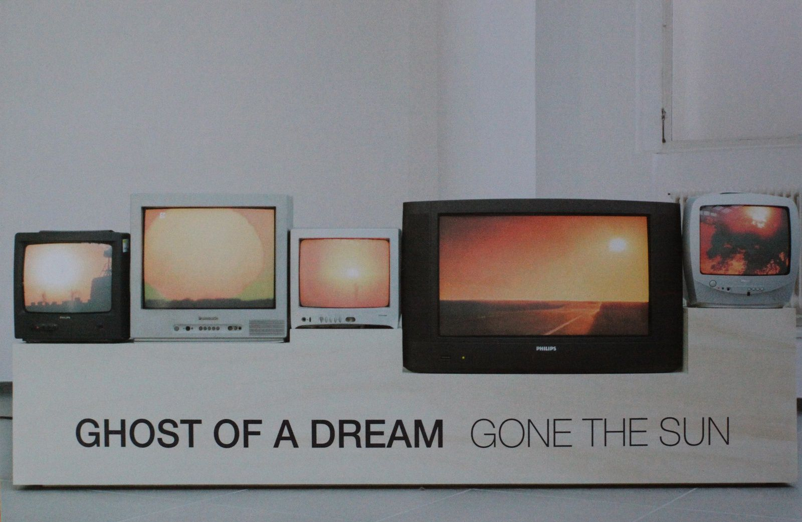 Expo Installation Contemporaine: GHOST OF THE DREAM &quot&#x3B;Gone the Sun&quot&#x3B;