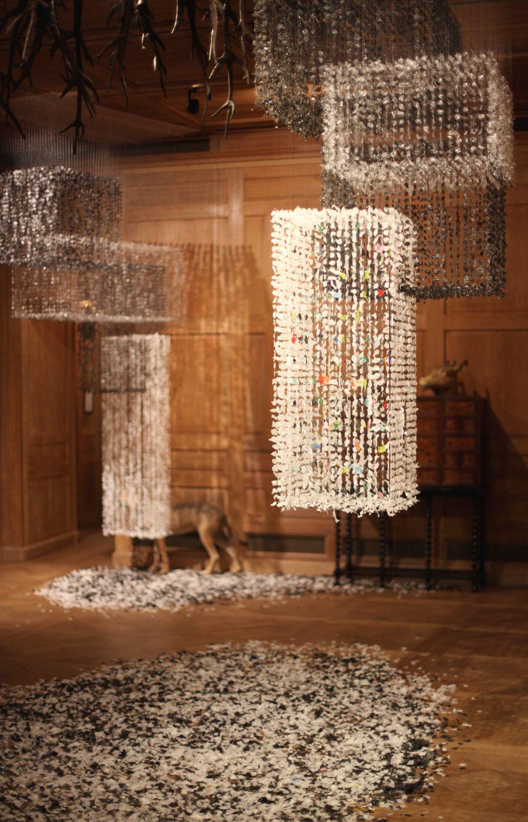 """The gathering Dusk"", 2015 de Claire Morgan Courtesy Galerie Karsten Greve © Photo Éric Simon"