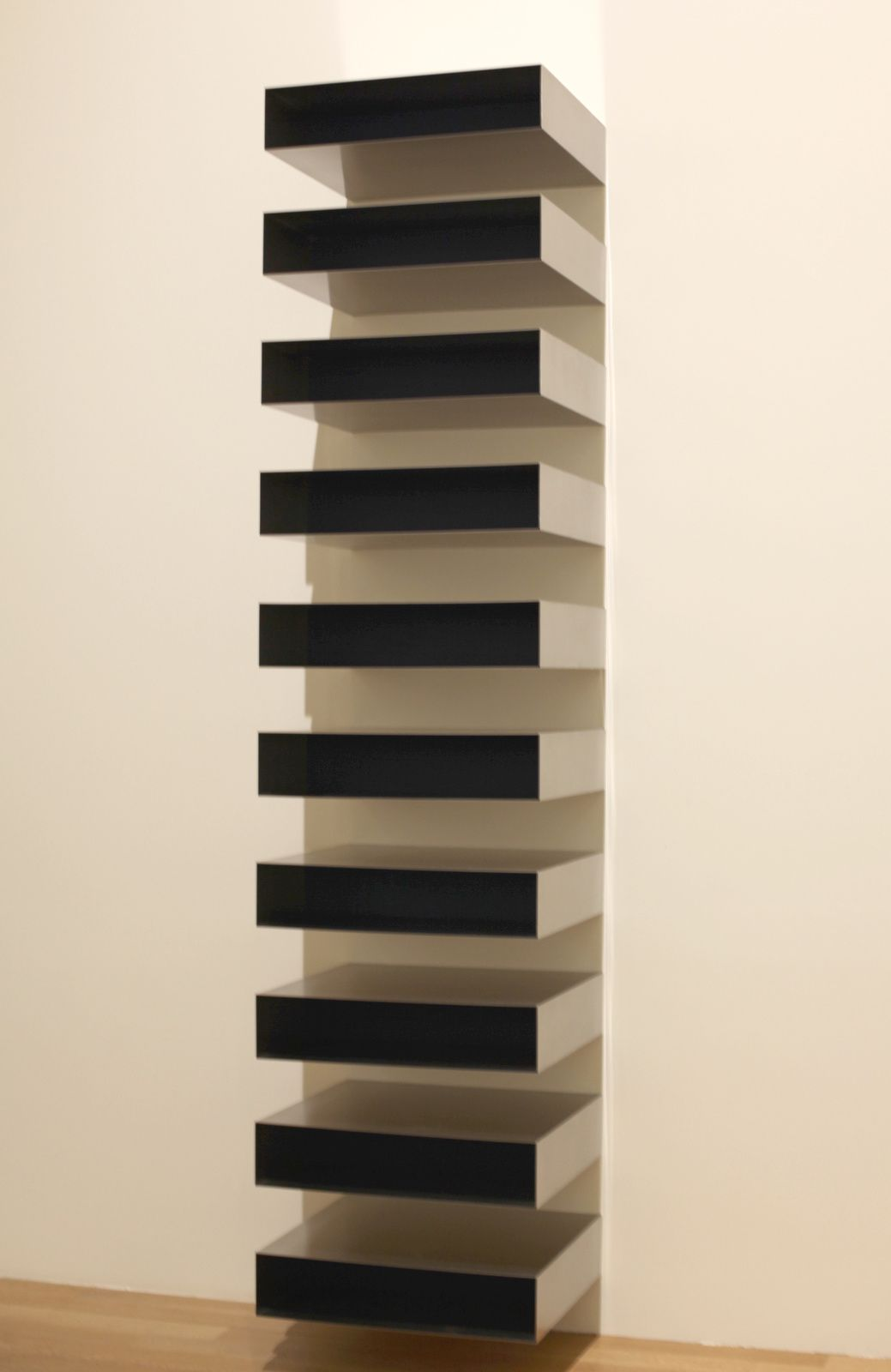 """Untitled"", 1973 de Donald Judd. Collection at the San Francisco Museum of Modern Art © Photo Éric Simon"