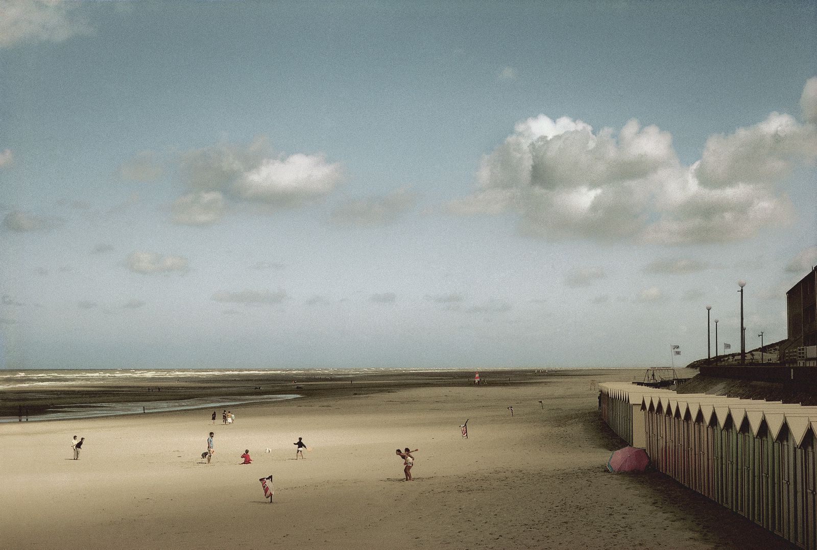 """France, Fort Mahon"", 1991 de Harry Guyaert"