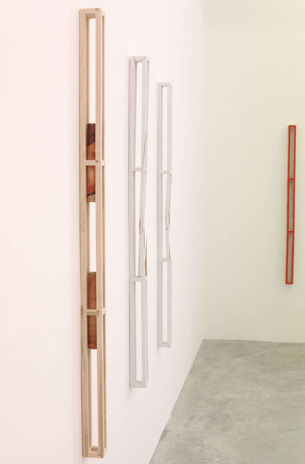 """""""Elongated Vesse II"""", """" Collateral"""", """"Heat"""", One Displacement Obstructs the Other"""", 2015 d'Adam Marnie - Courtesy Almine Rech Gallery © Photo Éric Simon"""
