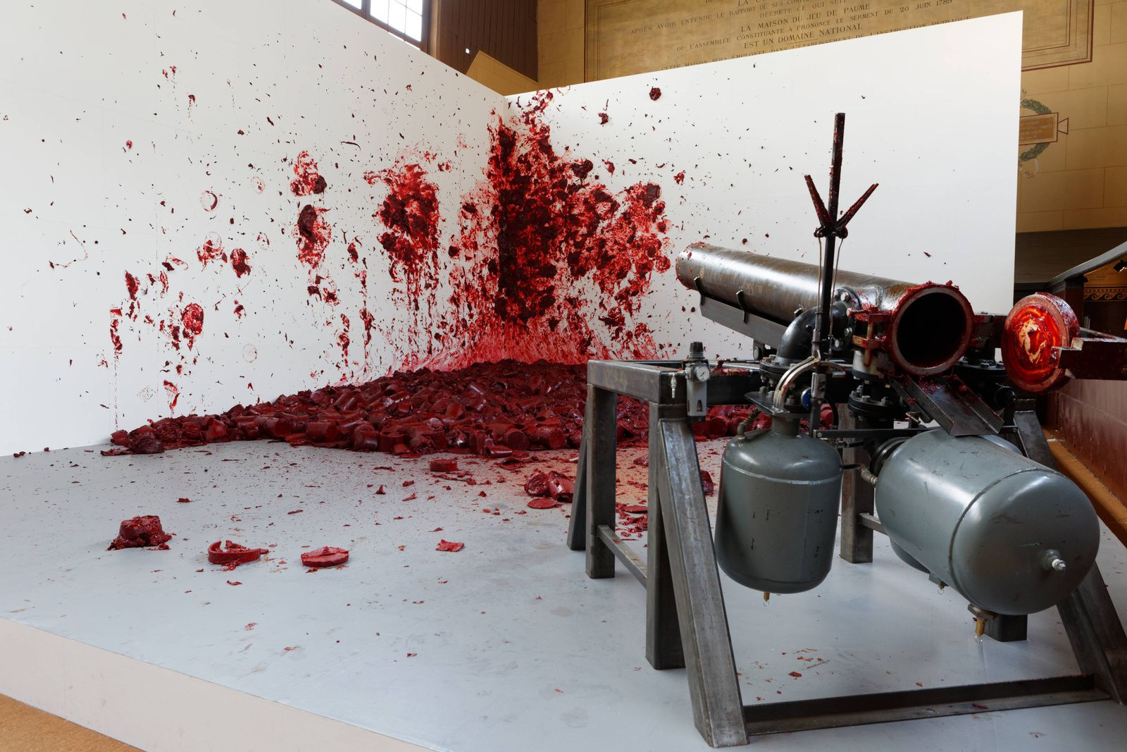 """Shootin into the Corner"" d'Anish Kapoor © Photo Bruno Lépolard"