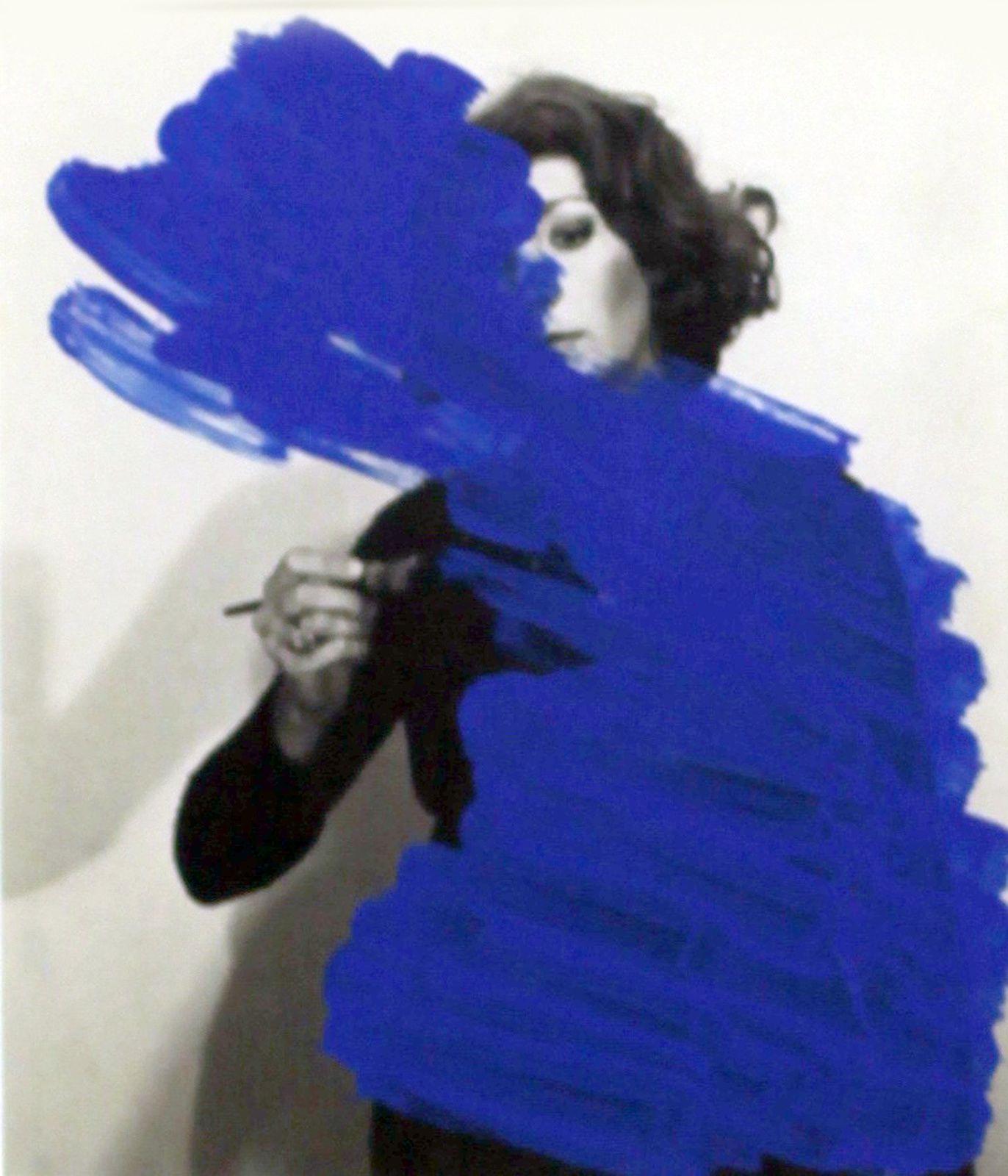 """""""Peinture habitée"""", 1976 d'Helena Almeida - Courtesy Jeu de Paume Paris  © Photo Éric Simon"""