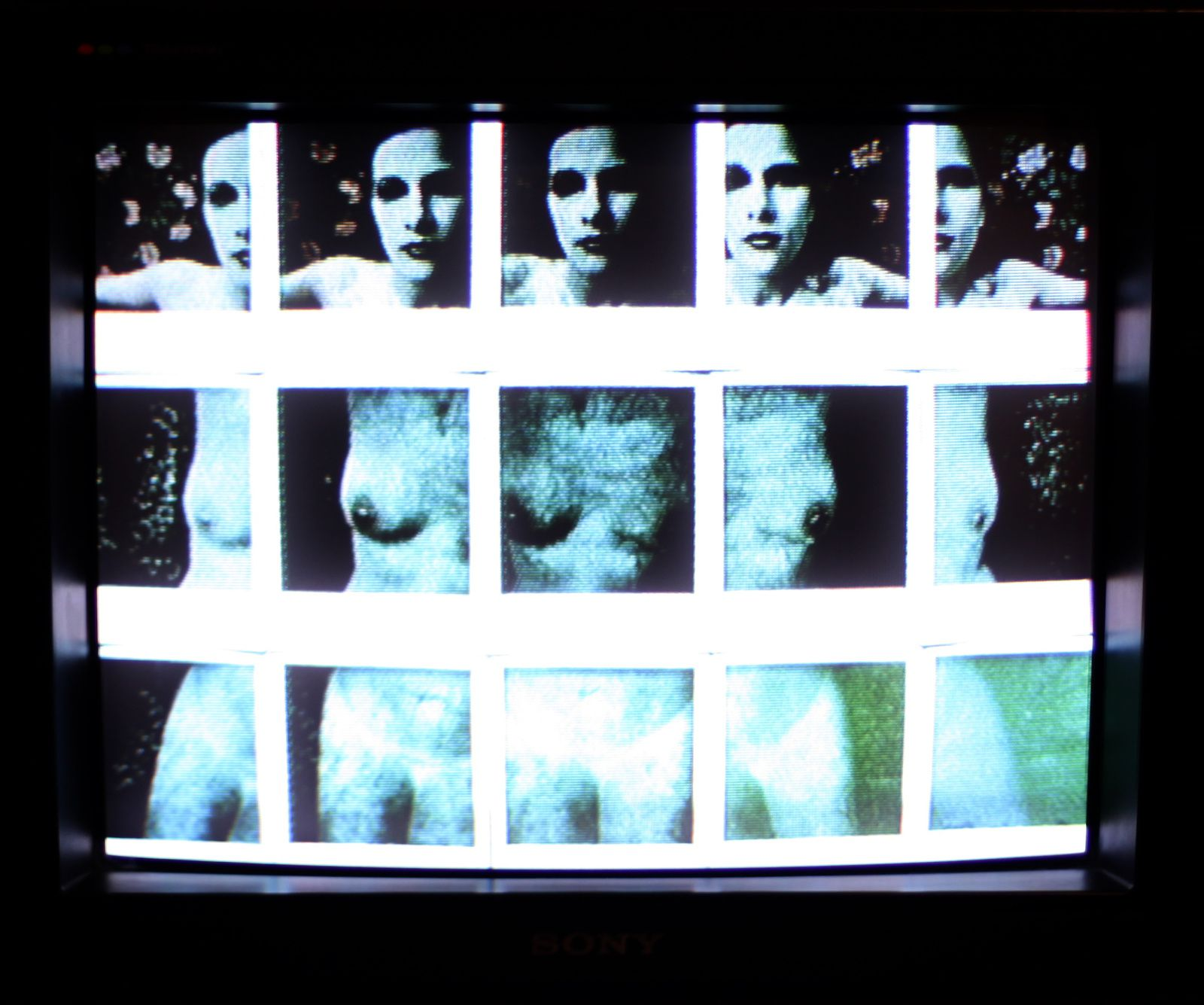 "Video ""Transformation by holding times"", 1976 de Paul De Nooijer  - Courtesy Centre Pompidou © Photo Éric Simon"