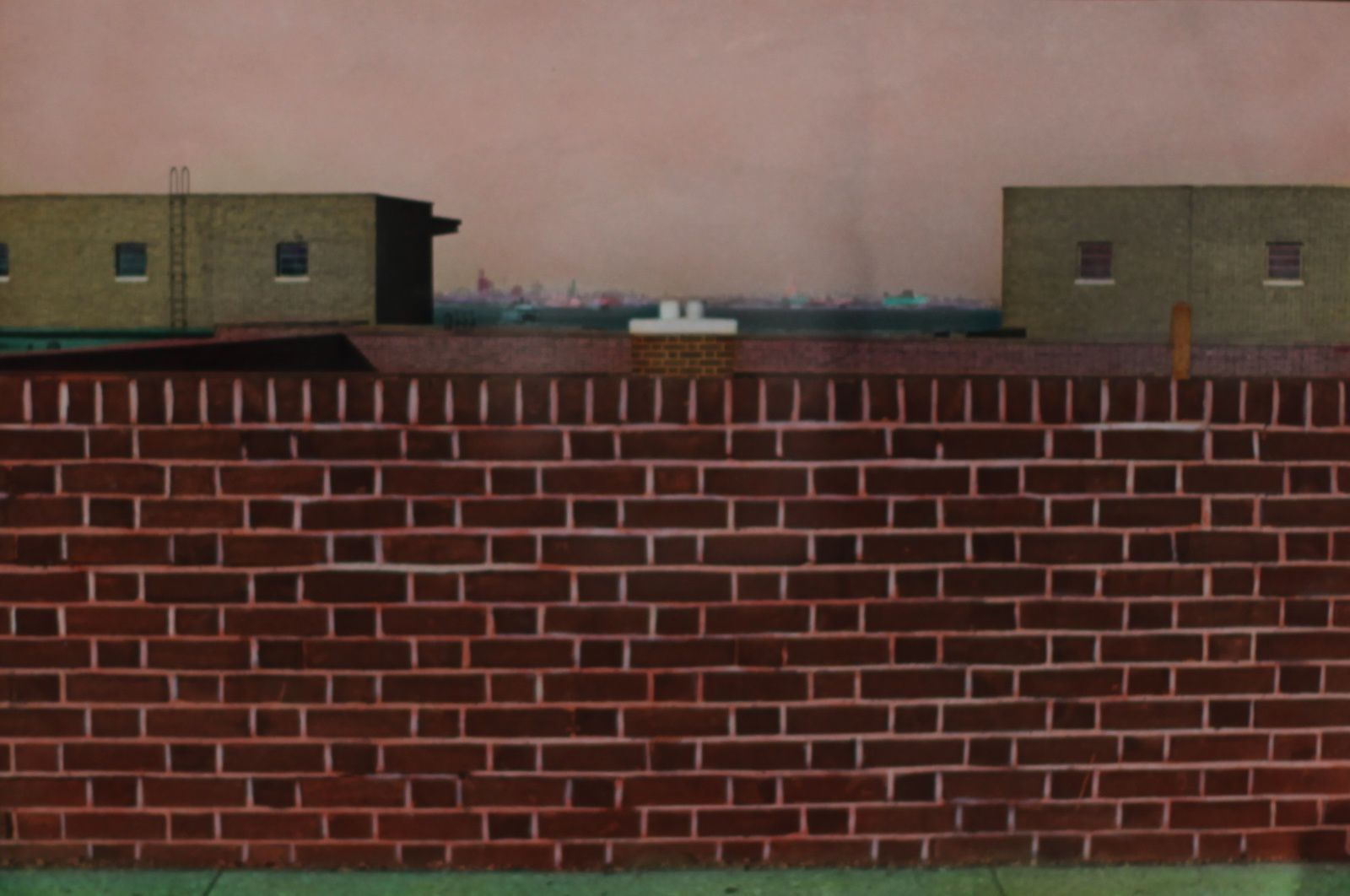 """Brick wall, Staten Island, New York"", 1978 de Elisabeth Lennard - Courtesy Centre Pompidou © Photo Éric Simon"