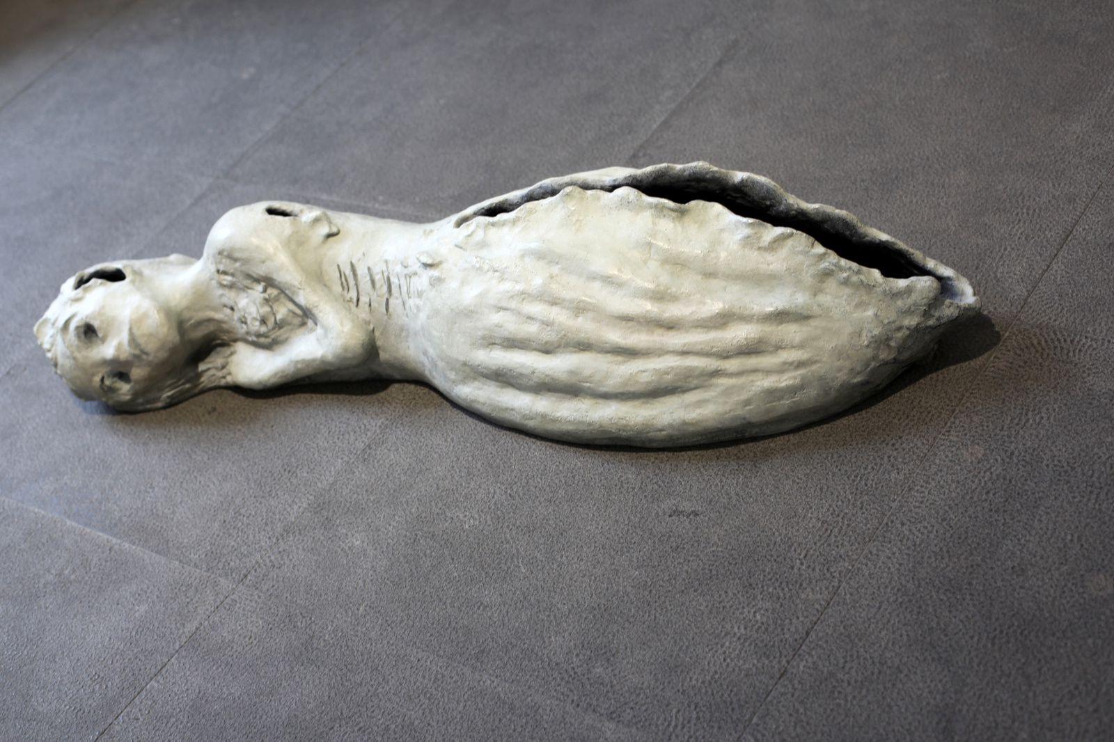 """""""Memento Mori"""", 2011 de Leiko IKEMURA - Courtesy Galerie Karsten Greve © Photo Éric Simon"""