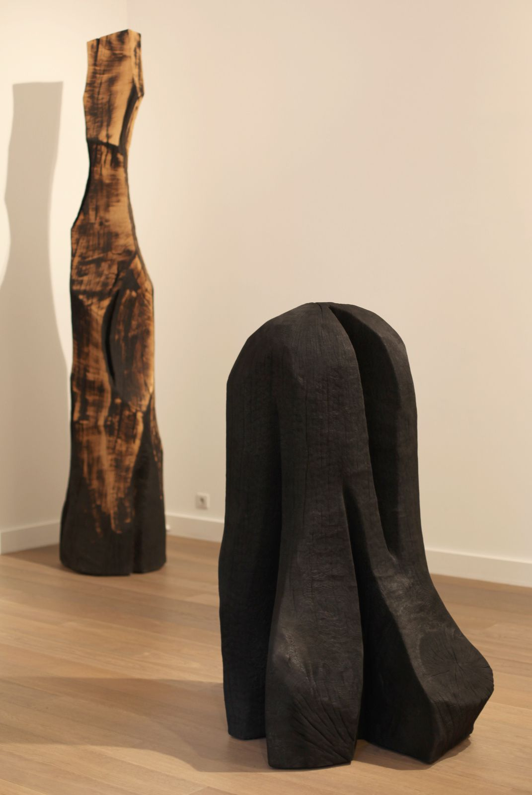 """Millemont Column"", 1999 de David NASH - Courtesy Galerie Lelong © Photo Éric Simon"