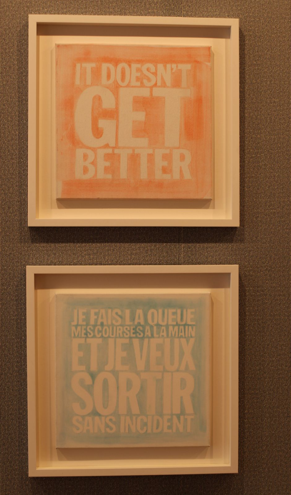 """Je fais la queue mes courses à la main et je veux sortir sans incident"", 2010 de John GIORNO - Courtesy Galerie Gagosian © Photo Éric Simon"