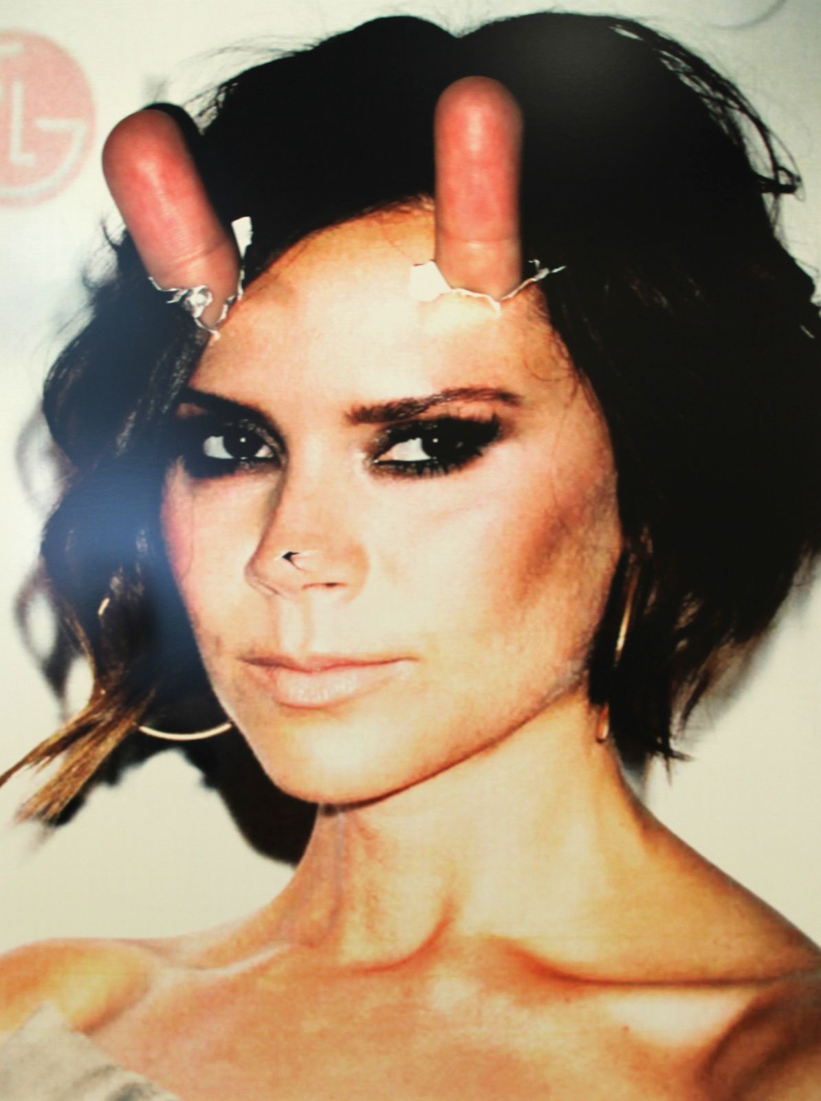 """Victoria Beckham, Finger Power"", 2014 de Beni BISCHOF - Collection Particulière © Photo Éric Simon"