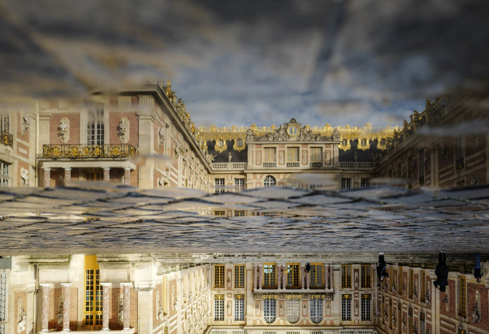 """Installation au Chateau de Versailles"", 2016 d'Olafur Eliasson. Photo: Anders Sune Berg - Courtesy of the artist&#x3B; neugerriemschneider, Berlin&#x3B; Tanya Bonakdar Gallery, New York"