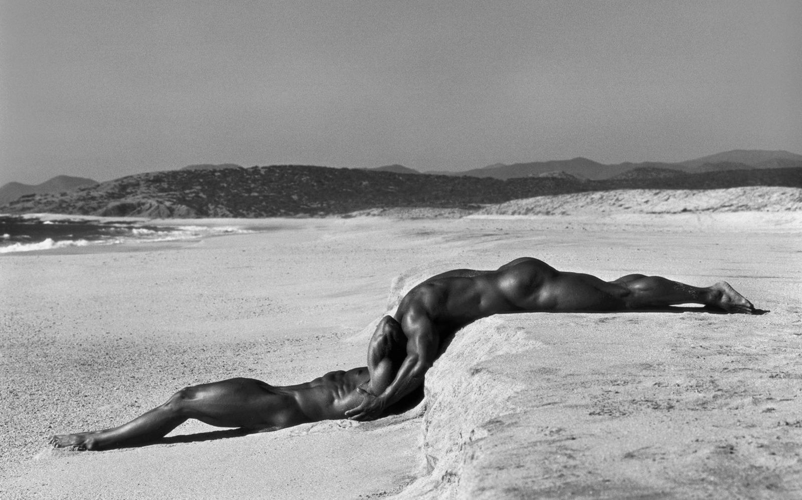"""duo1"" de Herb RITTS  © Herb Ritts Foundation"