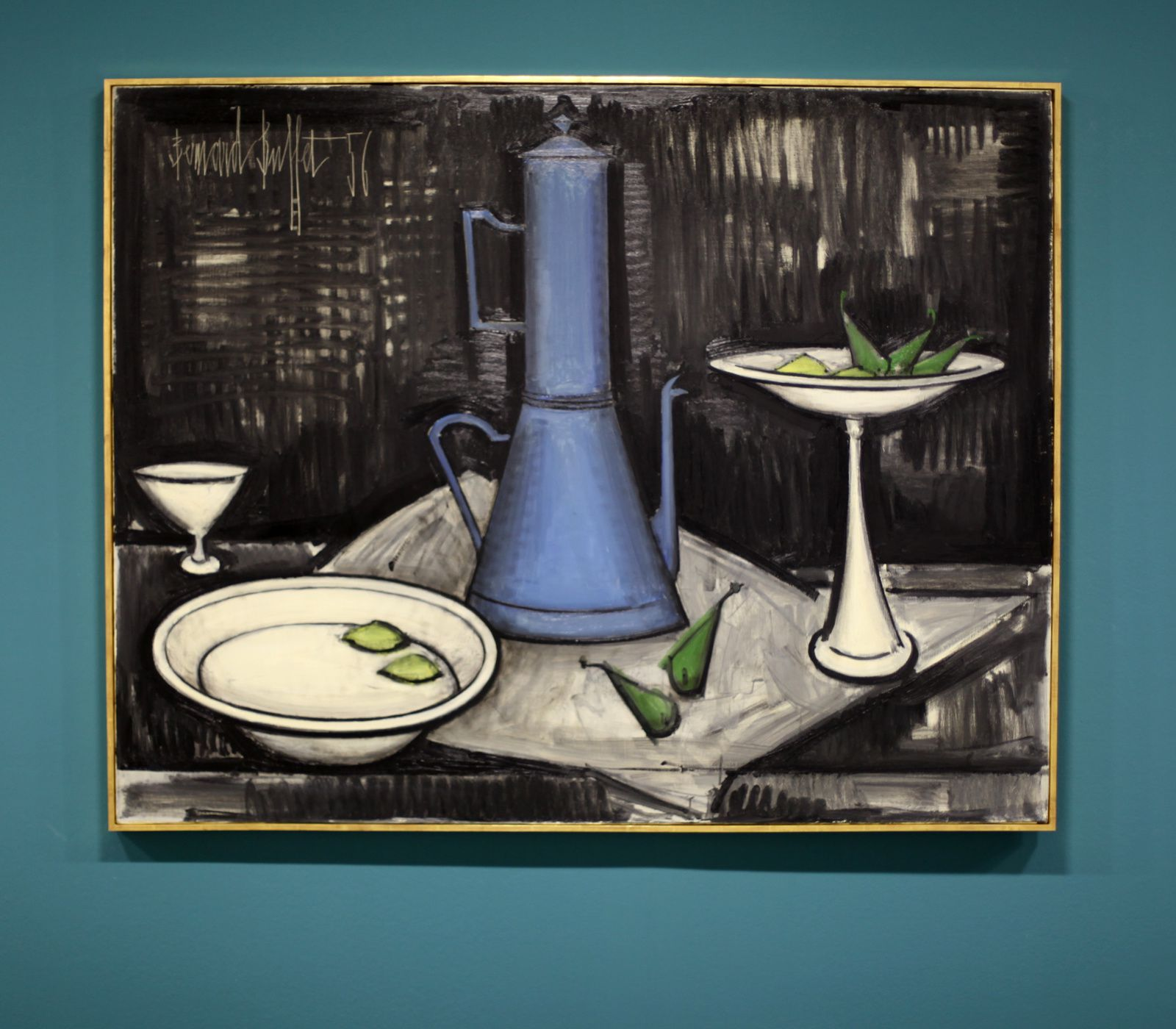 """La Cafetière Bleue"", 1956 de Bernard BUFFET - Courtesy Fonds de dotation B. Buffet © Photo Éric Simon"