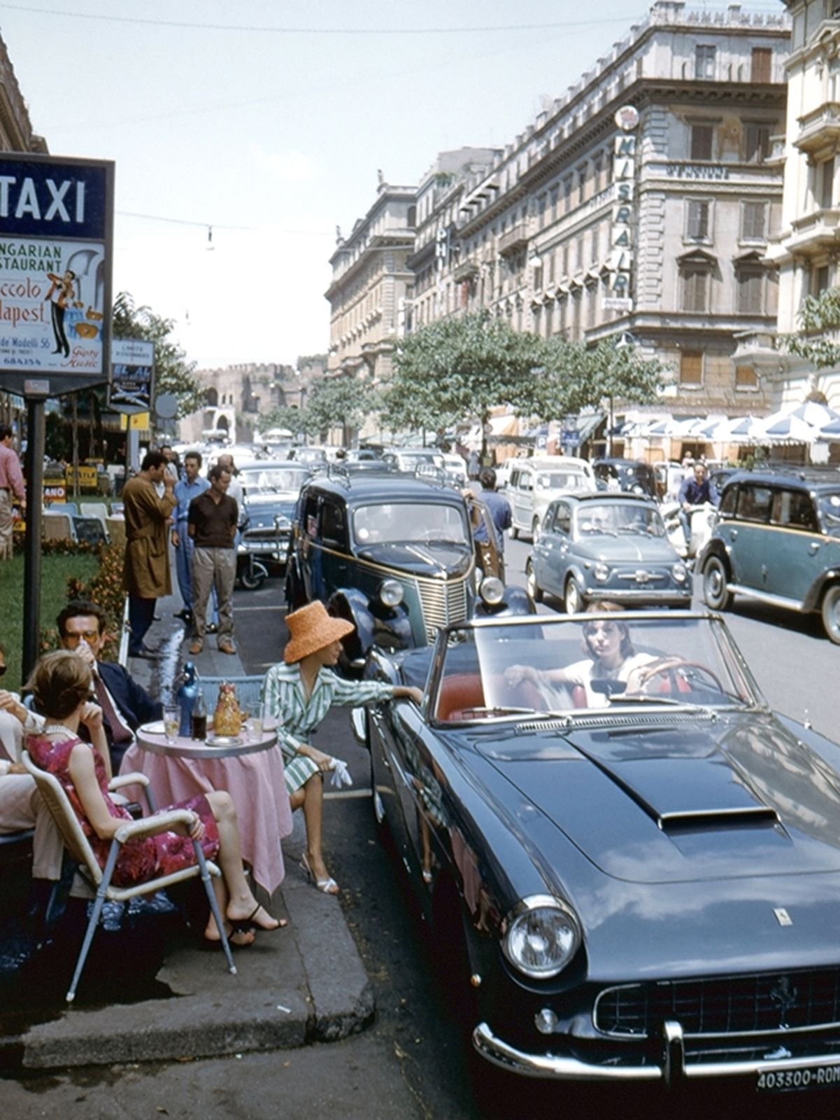 """ Des scènes de la vie quotidienne, Rome"", 1960 - Courtesy Studio Willy Rizzo"