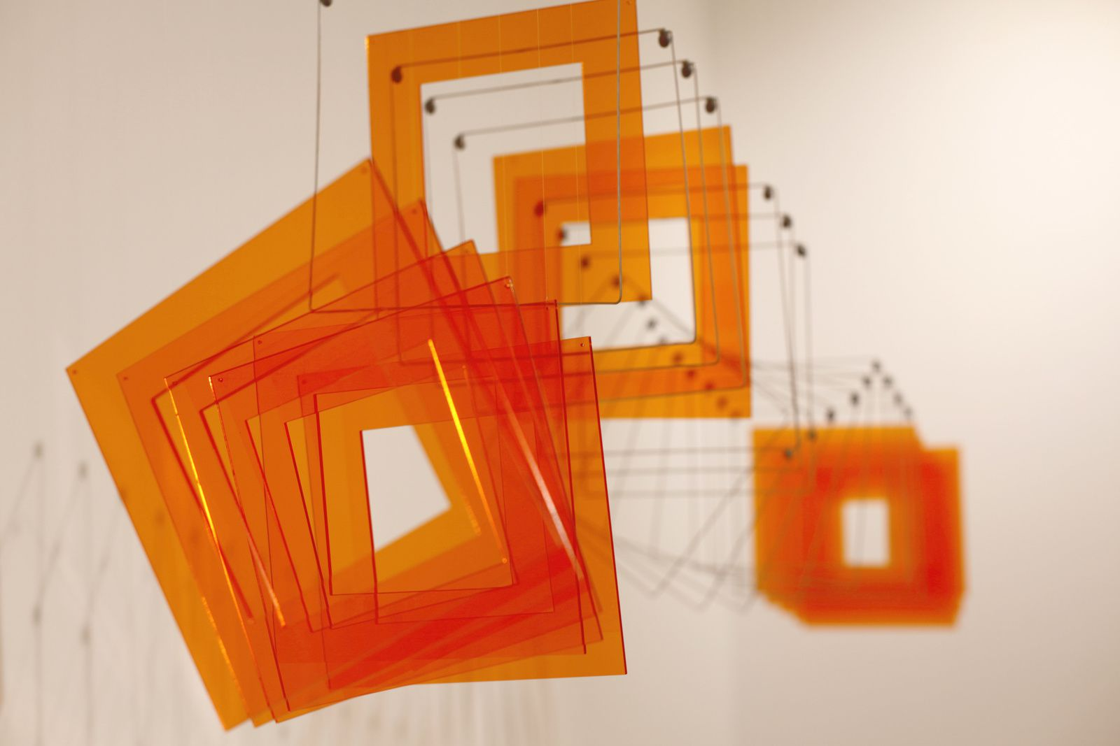 """Tetralineados orange"", 2010 de Elias CRESPIN - Courtesy de l'Artiste © photo Éric Simon"