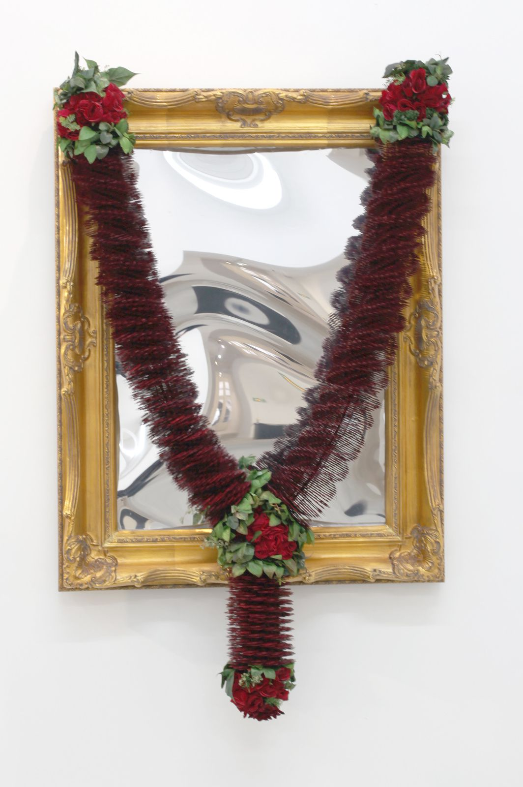 """Ringa ringa Roses"", 2013 de Sunil GAWDE - Courtesy Galerie Rabouan Moussion © Photo Éric Simon"
