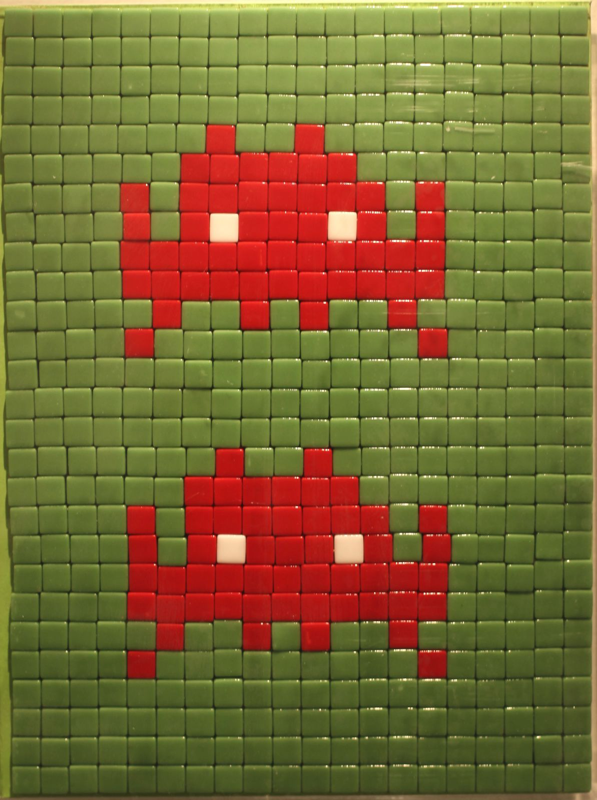 """L'invasion de Paris"", 2003 de INVADER - Courtesy Galerie LE FEUVRE © Photo Éric Simon"