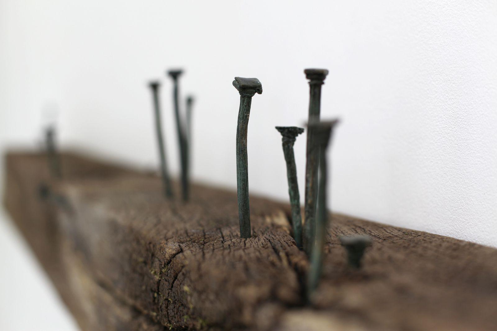 """Détail """"Fondations"""", 2017 de Céline CLÉRON - Courtesy Galerie Claudine Papillon © Photo Éric Simon"""