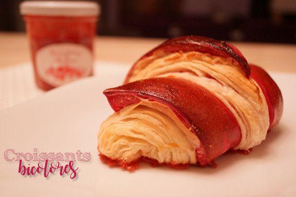 Les croissants bicolores à la pâte de pralines roses