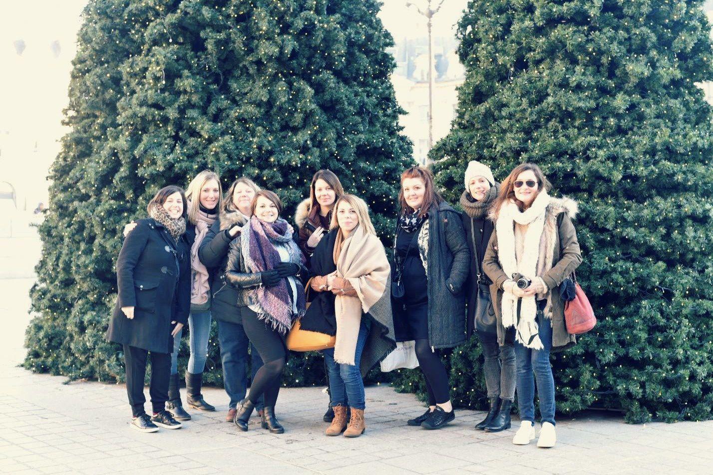 Paris en touristes: l'opéra, la Place Vendôme, la Rue Cambon... le come-back de Dalida à l'Olympia...