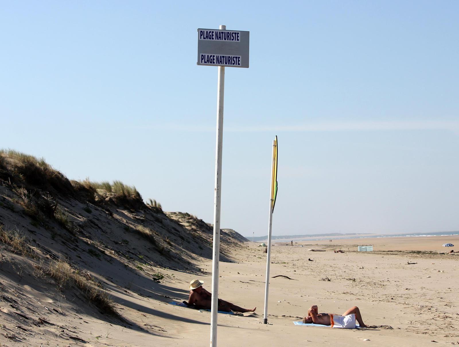 totem de la plage naturiste