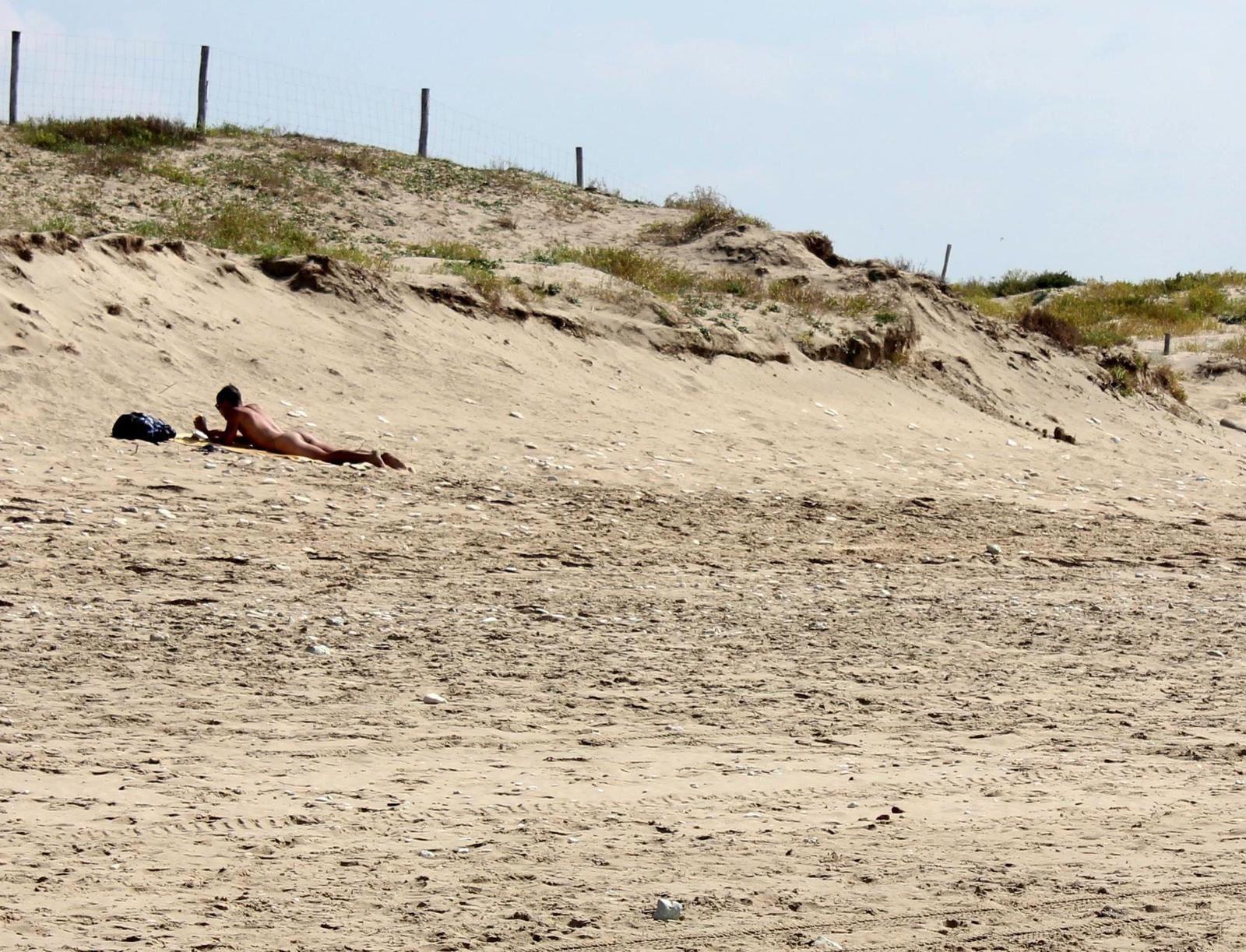 La plage naturiste de Grand Village. été 2014. Mise à jour été 2015.