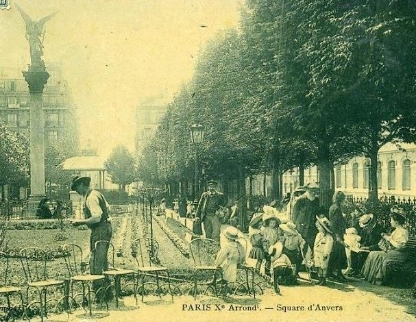 Square d'Anvers. Montmartre. Place d'Anvers.