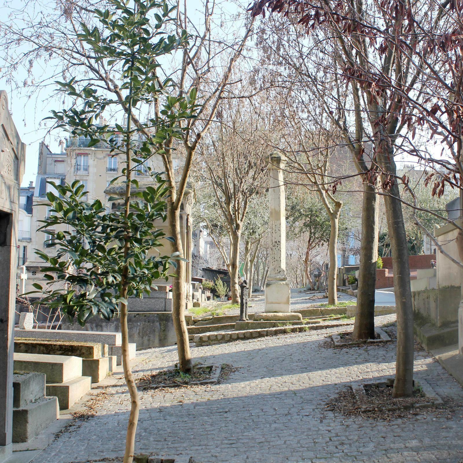 Avenue transversale, le vieux calvaire