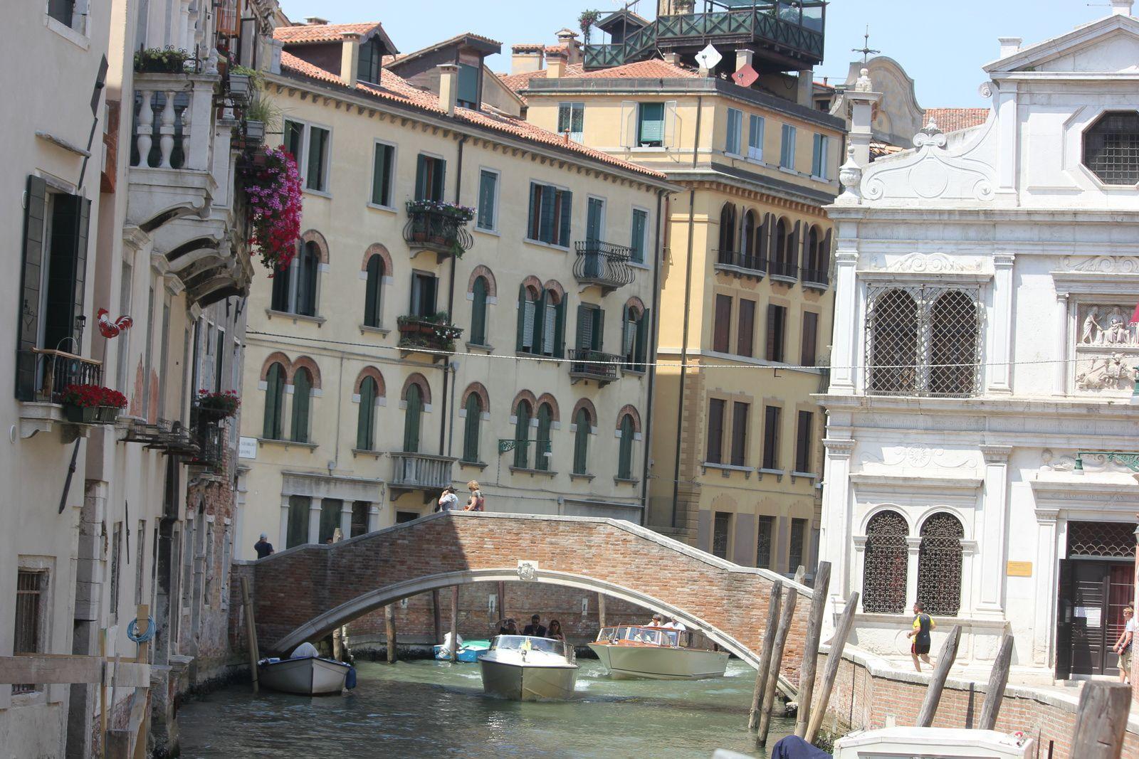 Le pont qui mène au Campo Sant Antonin...