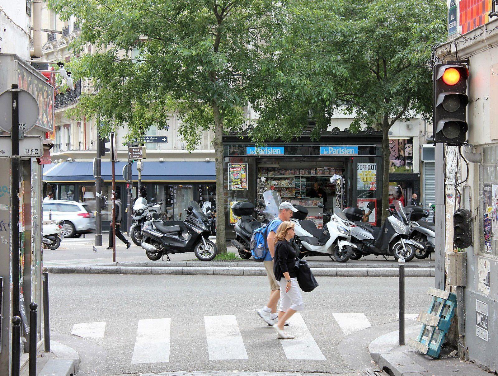 Vers le boulevard de Clichy.