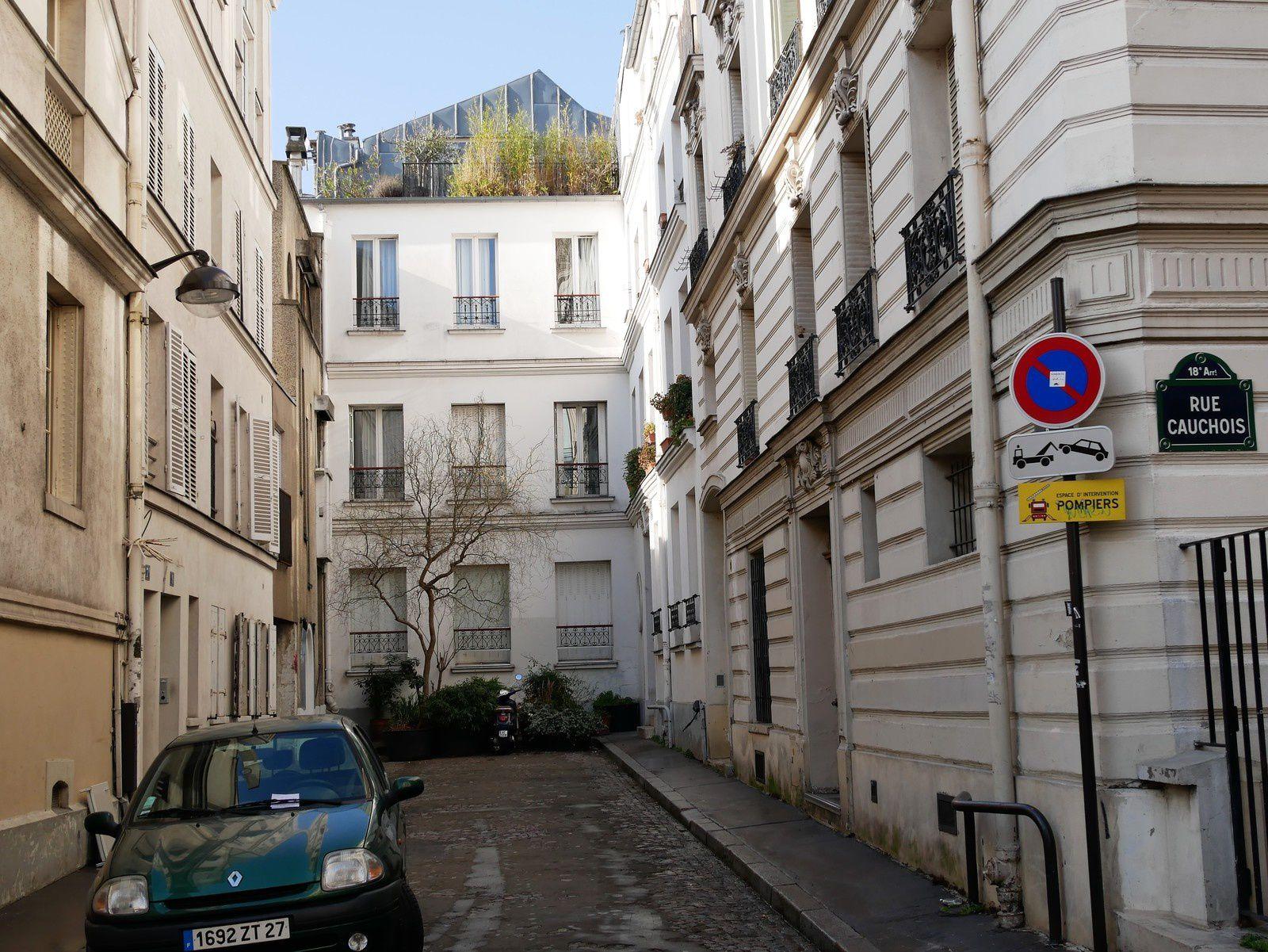 L'ancienne impasse Cauchois qui fait partie aujourd'hui de la rue.