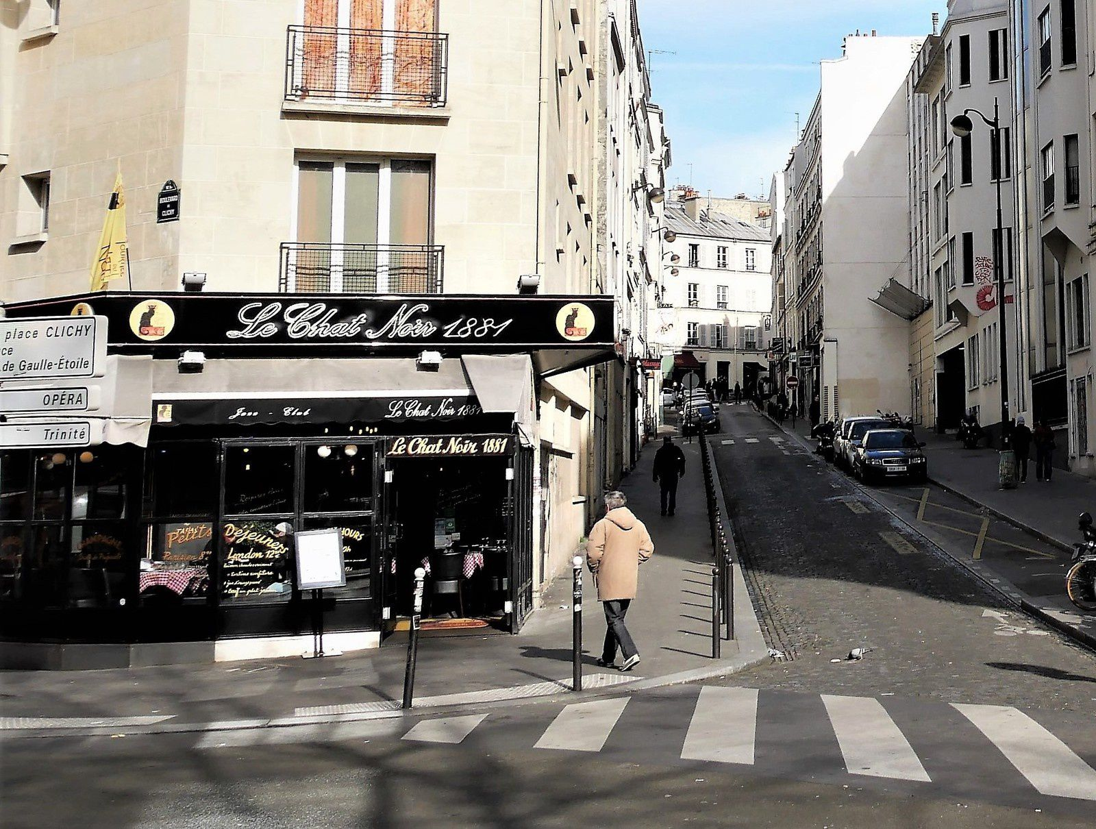 Angle boulevard de Clichy- rue Coustou 2017