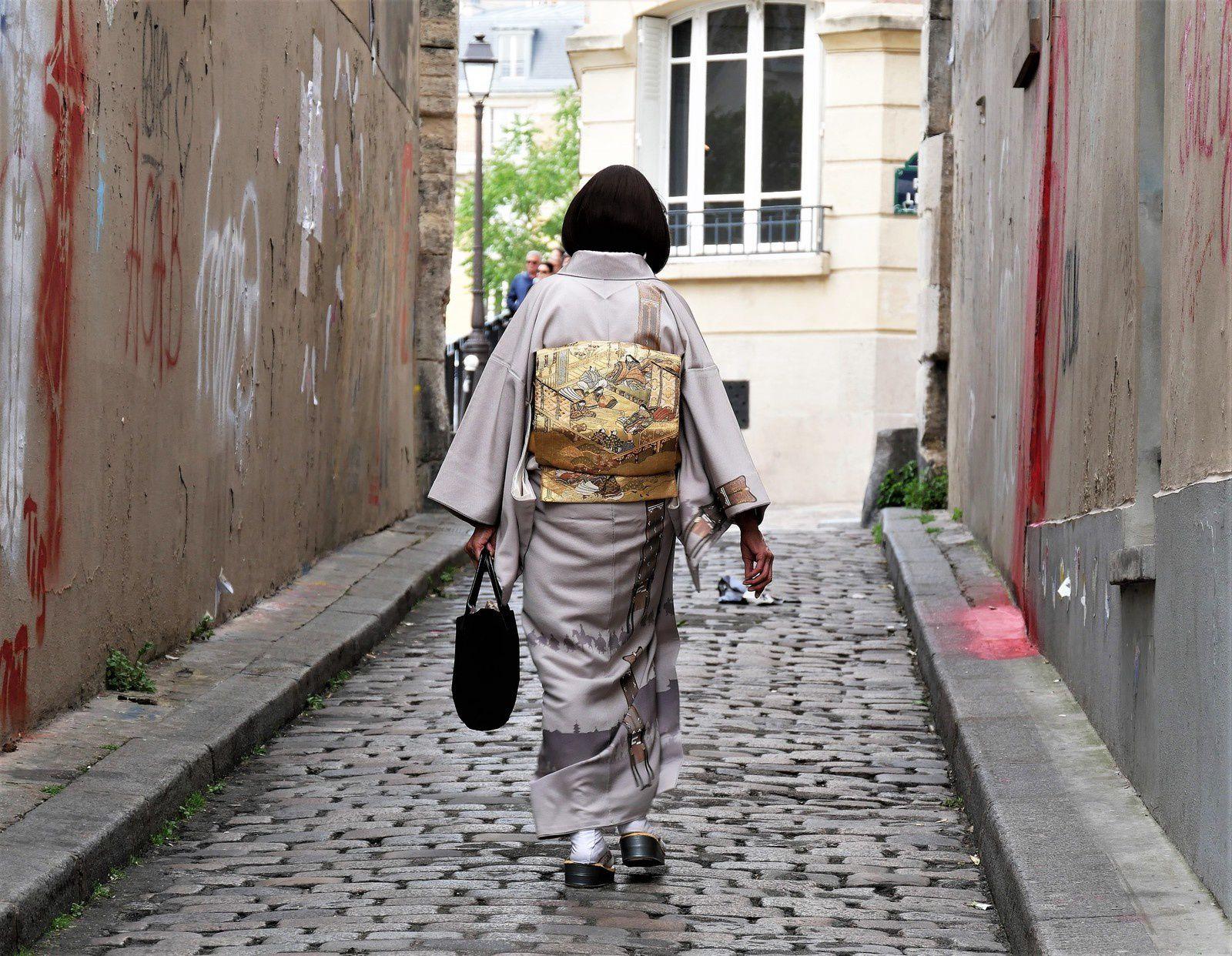 19 mai. Geisha rue d'Orchampt.