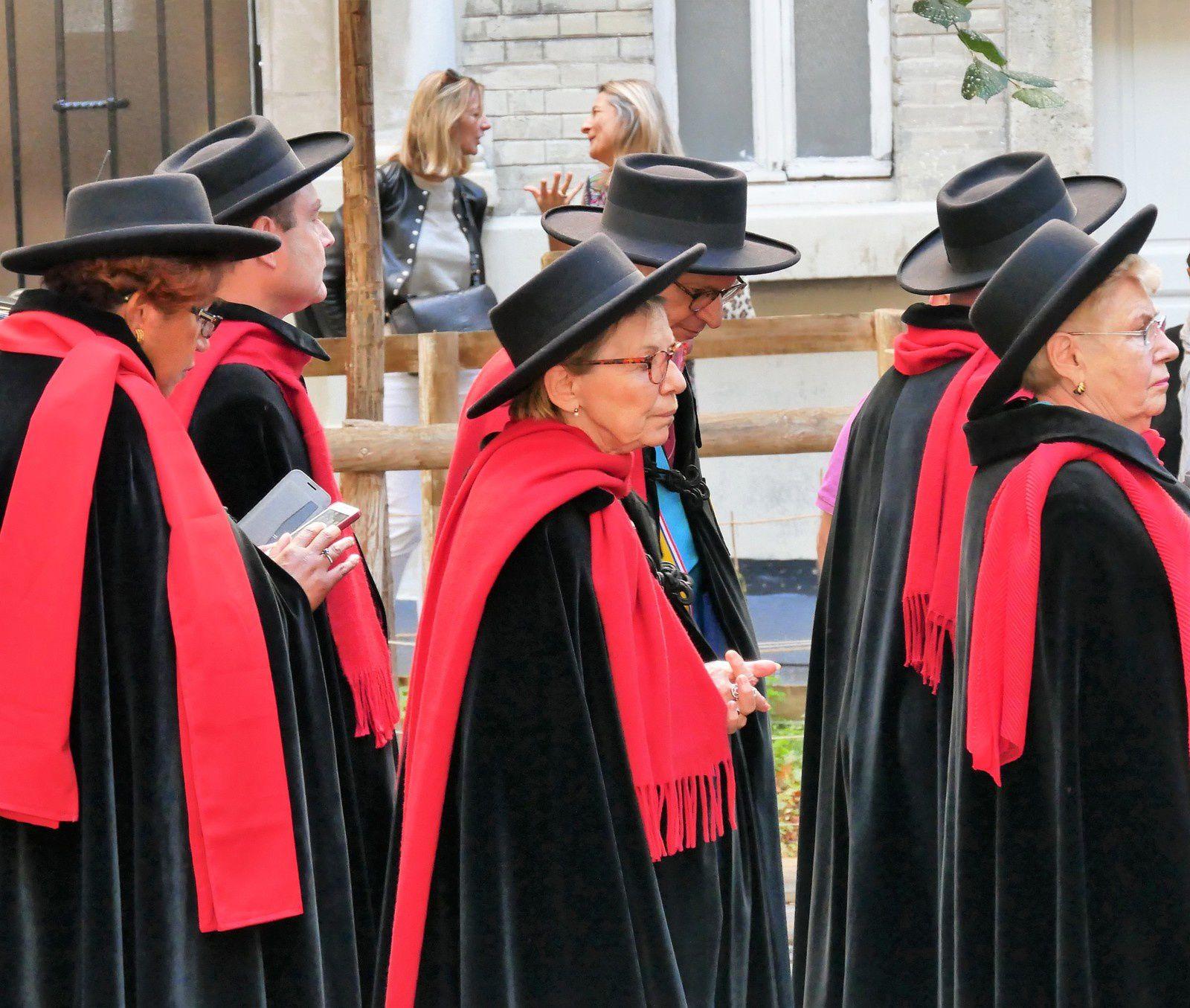 Fête des Vendanges. Le défilé. 14 octobre.