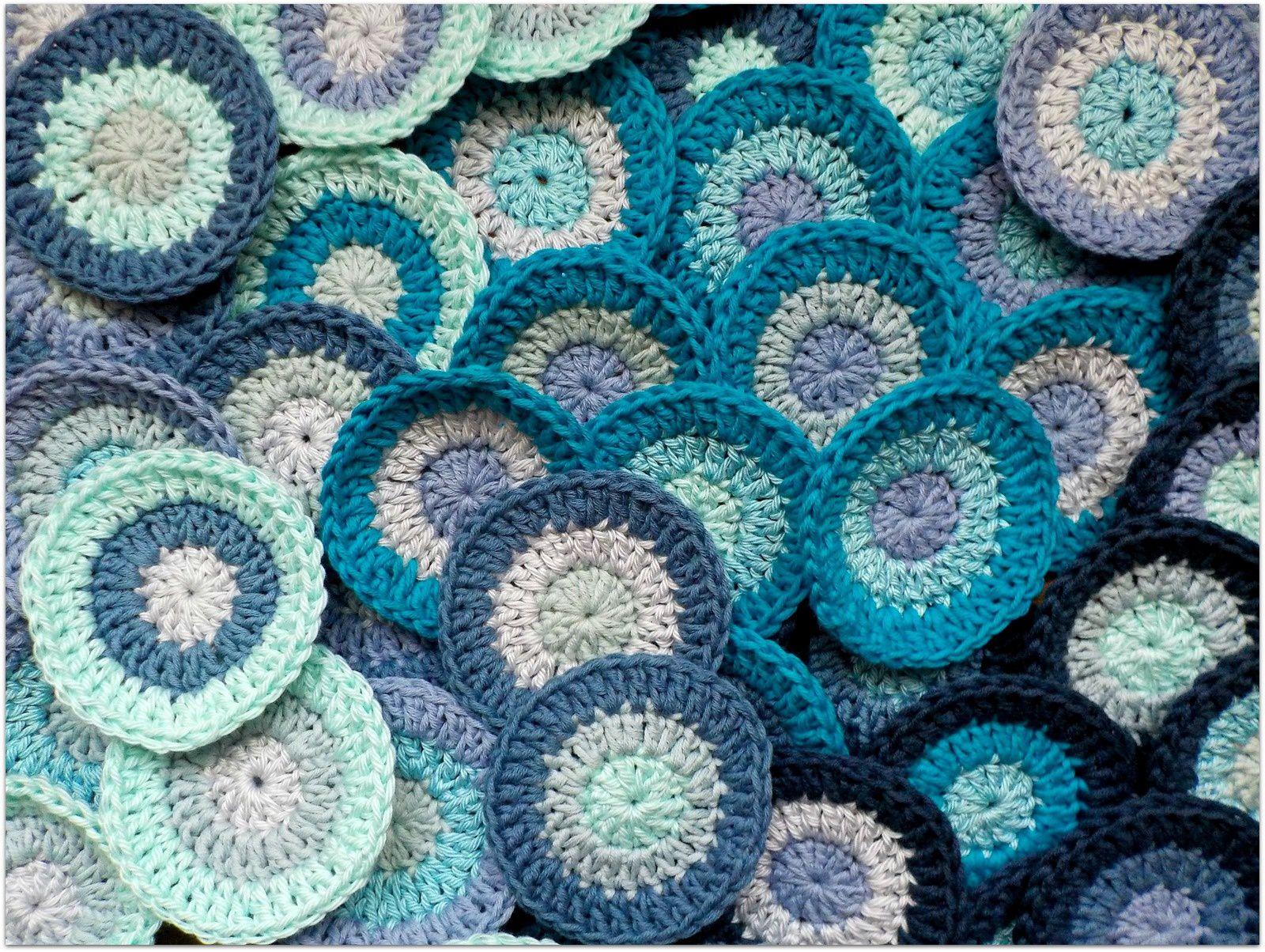 petits ronds bleus