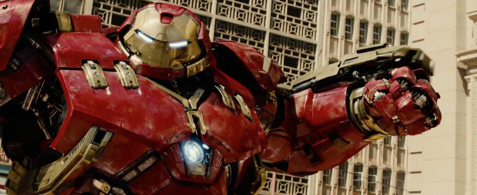 Avengers : L'Ere d'Ultron : Poster &amp&#x3B; Trailer