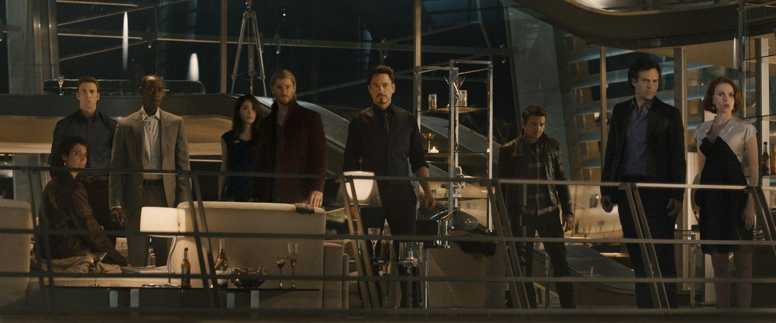 Avengers 2 : promo art + new photo