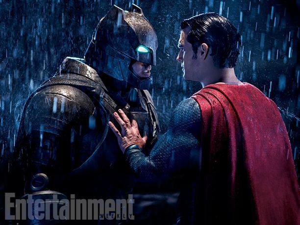 Batman V Superman : Superman arrive ...