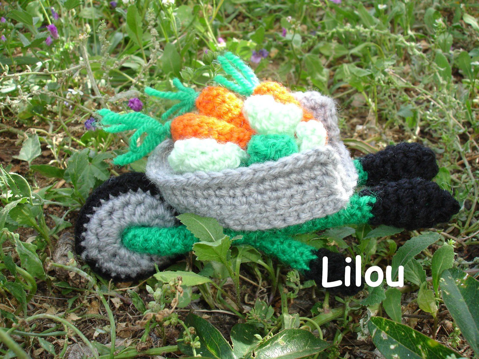 Fils en folie de lilou tricot crochet tricot for Jardinier traduction anglais