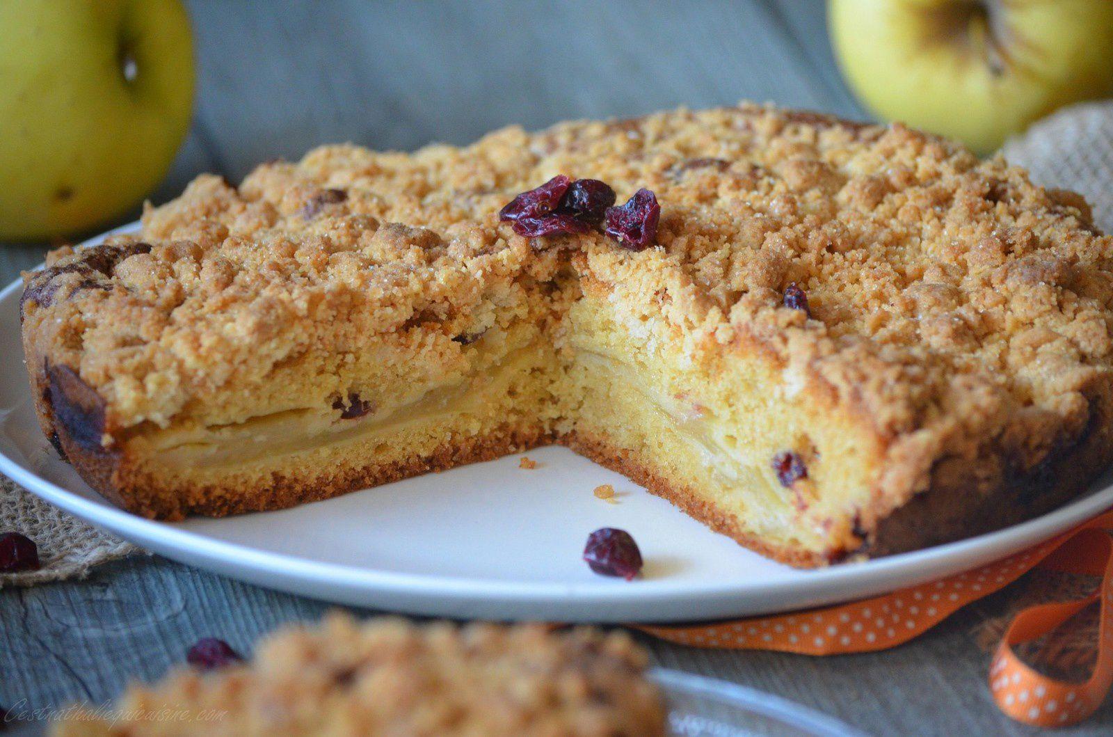 Gâteau pommes et cranberries façon crumble