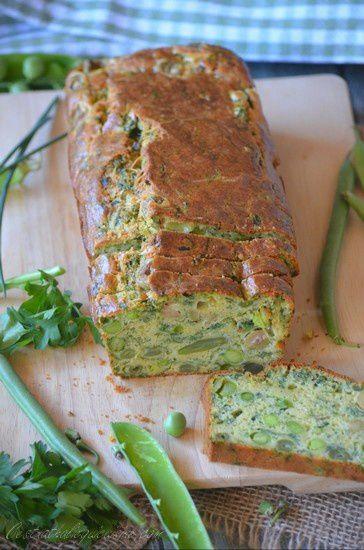 Cake printanier aux légumes et aux olives