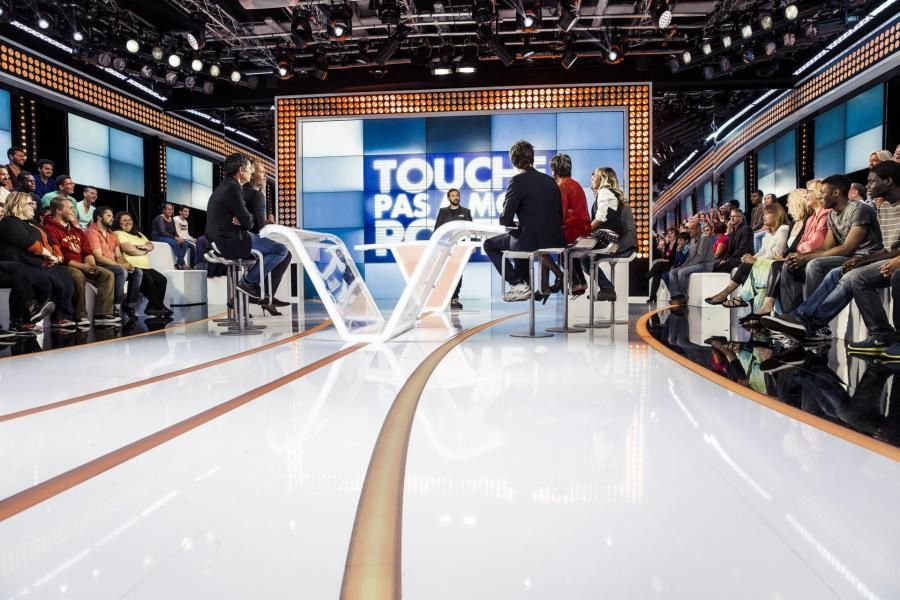 « Touche pas à mon poste » déprogrammé, l'émission reviendra à l'antenne lundi