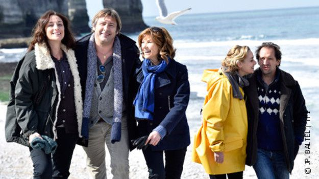 """Mes amis, mes amours, mes emmerdes"" (TF1/JP Baltel)"